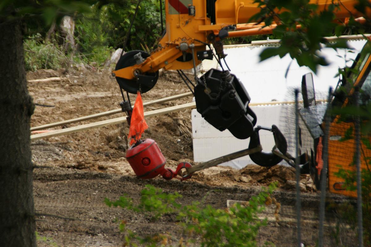 Crane Boom End and Hooks