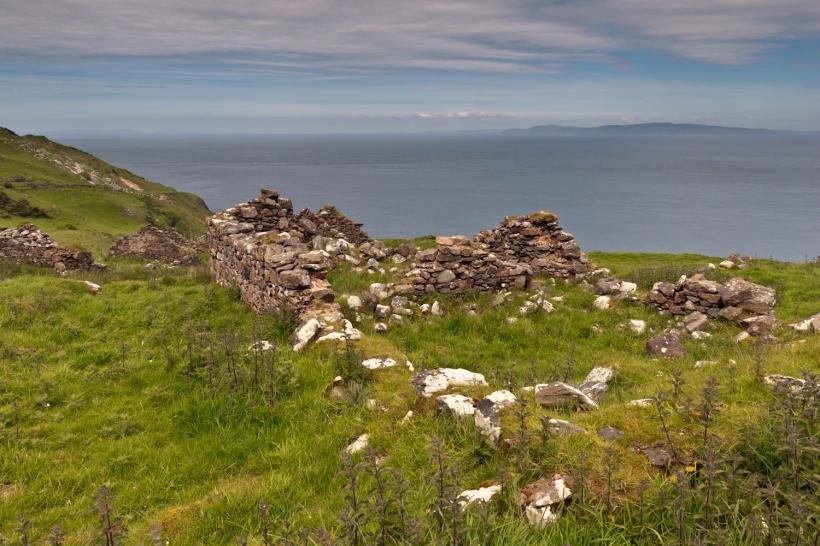 Loughan an Lochan Ruin 01